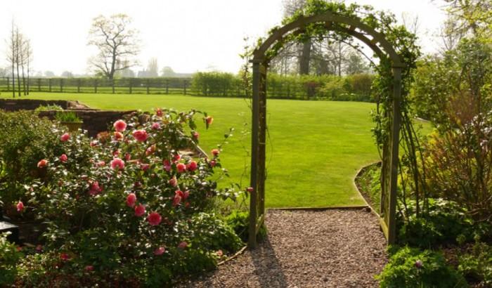 Gardener in Prestbury