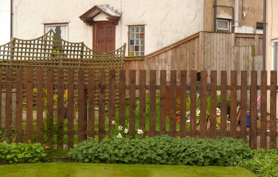Fence, Picket, Cottage Style, Border Maintenance, Moreen Carol, Congleton