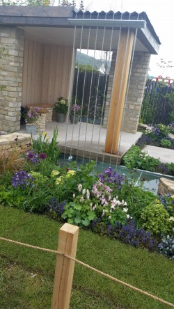 Cotswold inspired garden at Malvern Spring Festival