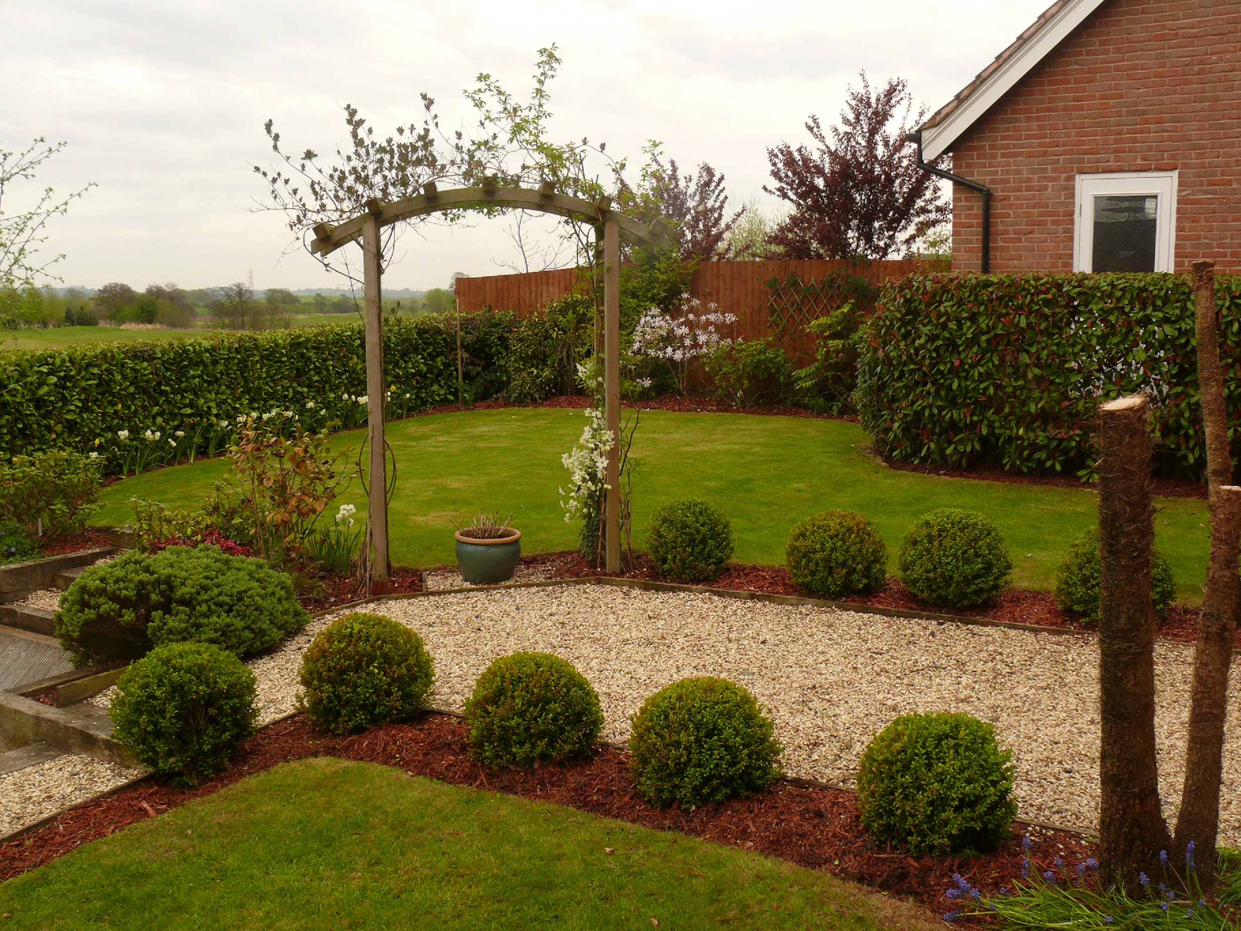 Garden Maintenance in Wychwood Park with Lawn and Borders maintained