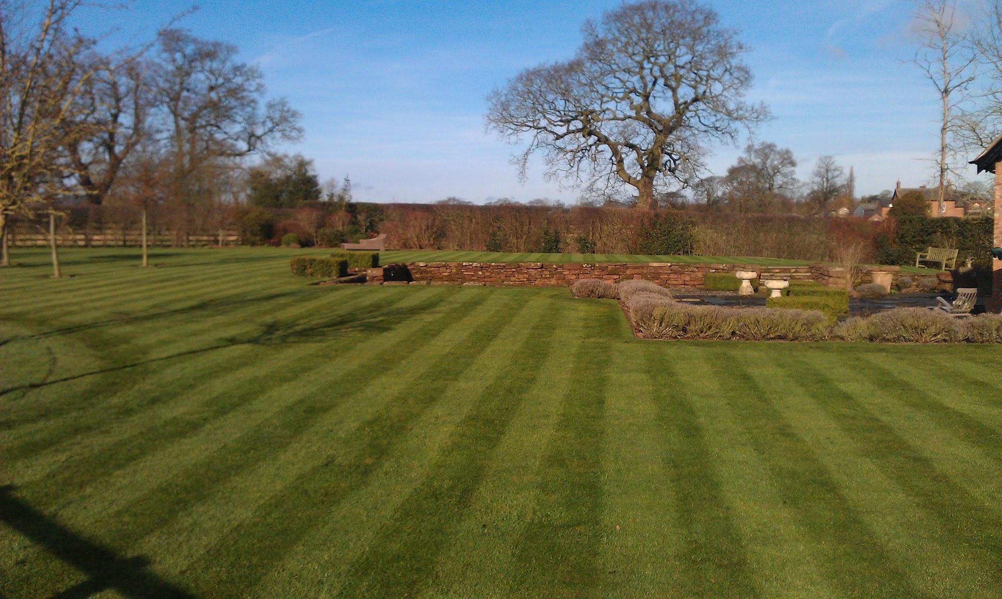 Garden Maintenance by JHPS