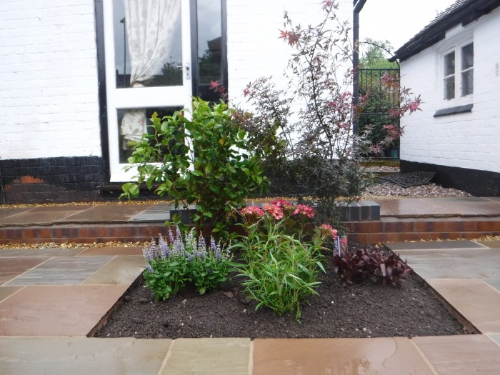 Landscaping in Keele - Border