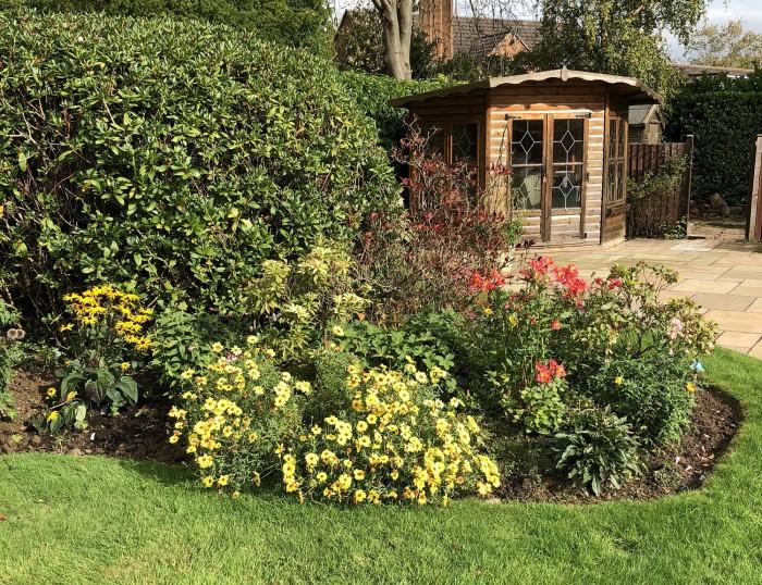 JHPS Gardens - Garden Maintenance