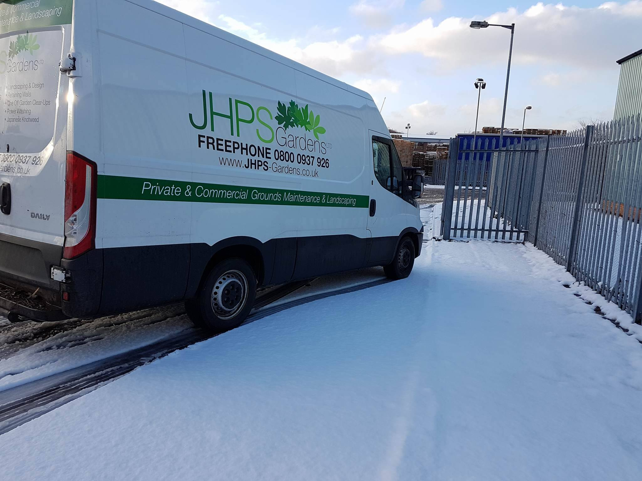 JHPS Gardens - Snowy Top Tips