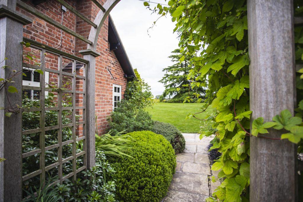 3. Garden Archway